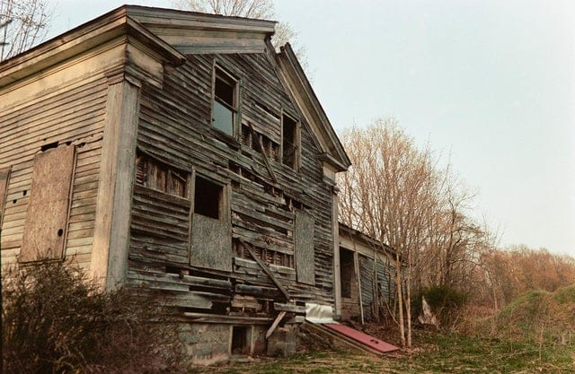 asking a guy to explore an abandoned house is a great way to end up with a date